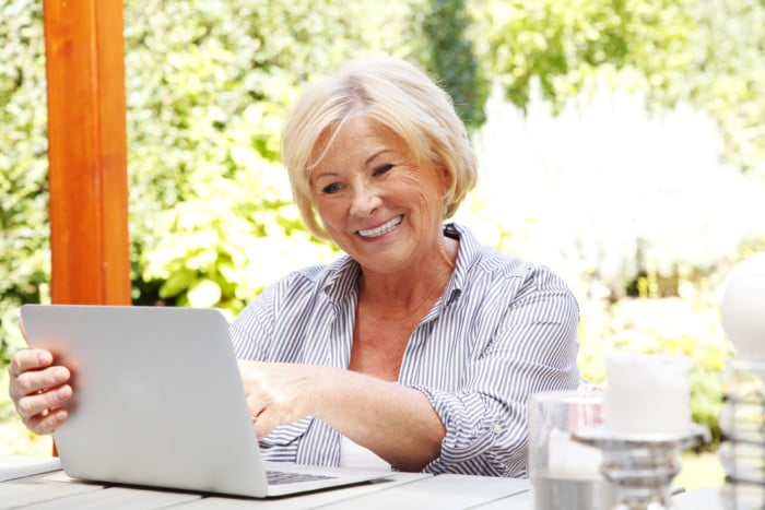 How Online Bill Payment Can Help Your Parents